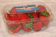 20090626_0010 strawberries resized