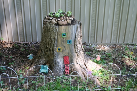 fairy house w garden 1